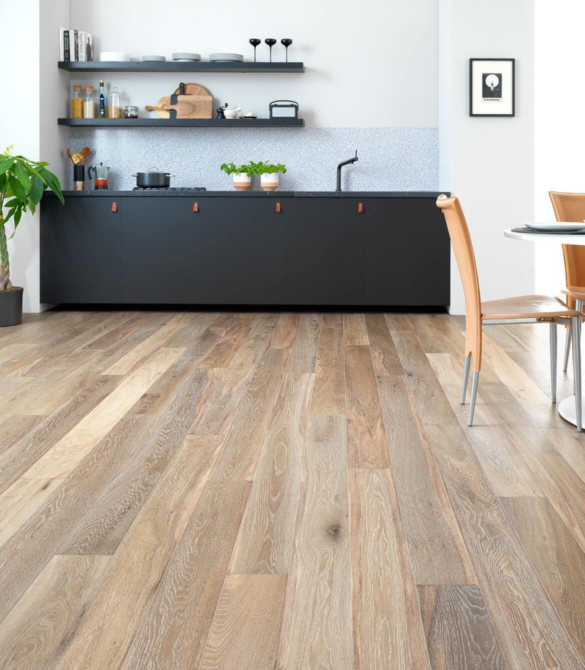 Nettoyer Escalier Bois Brut sablage de plancher à laval | les experts du sablage de